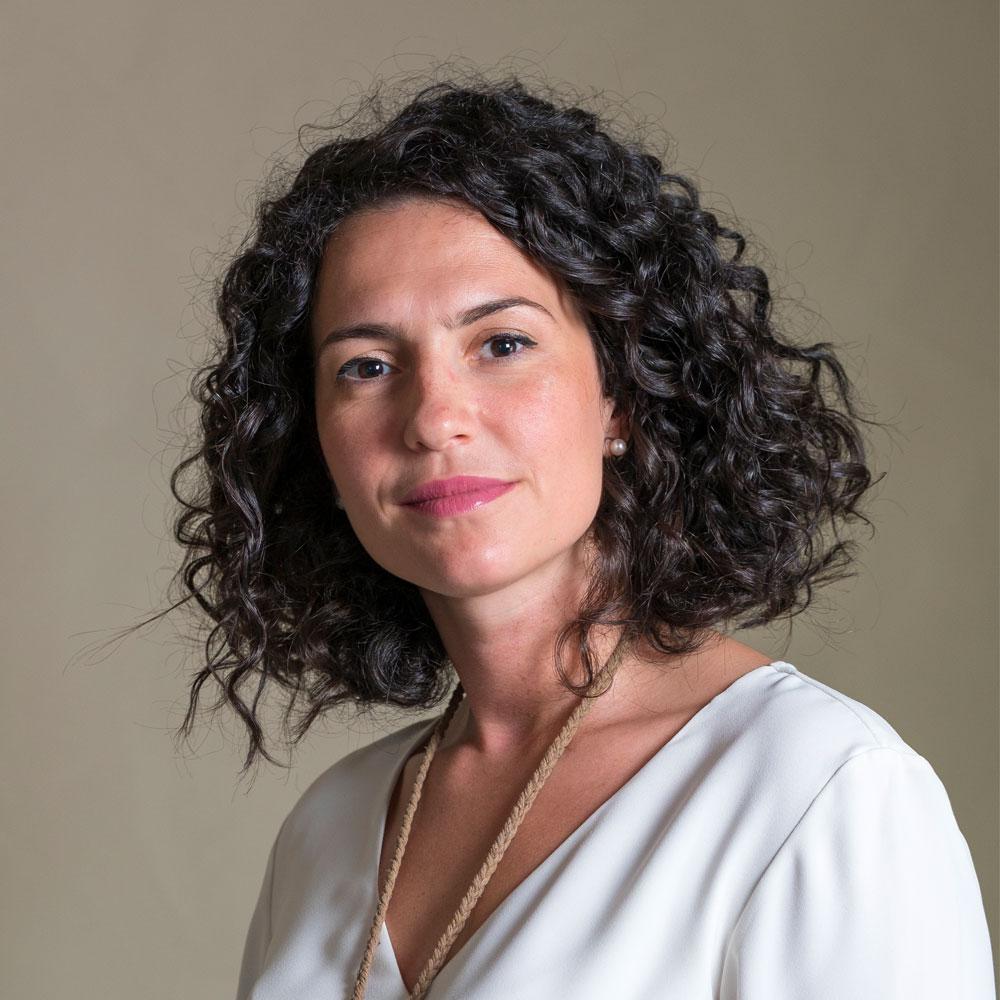Dott.ssa-Elisa-Matronola-Psicologa-Specializzata-in-Psicoterapia-Sistemico-Relazionale
